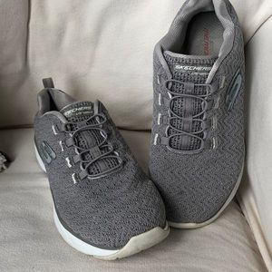 Skechers Lite-Weight metallic grey slip ons 8.5